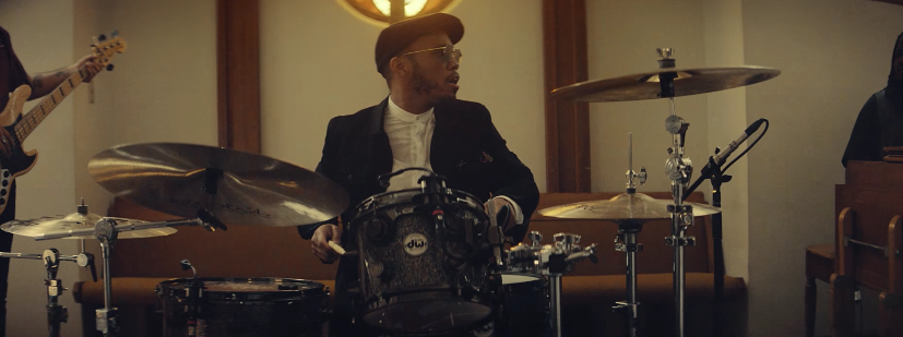 "Anderson .Paak y un coro gospel interpretando ""Come Down"""