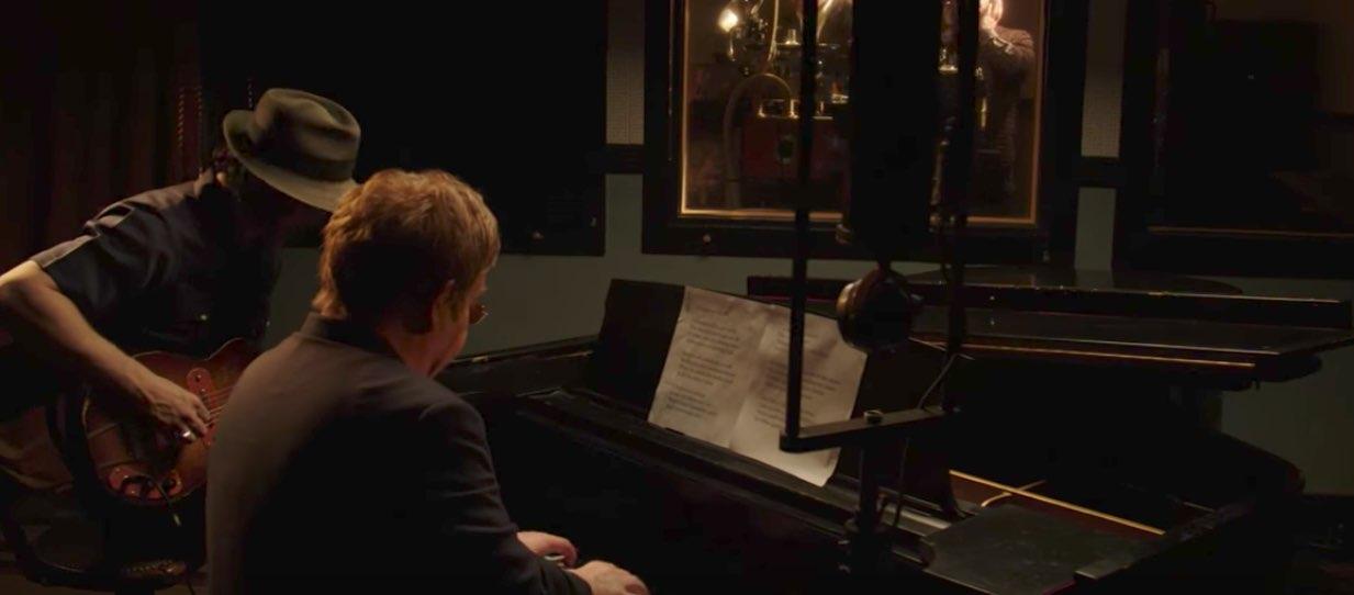 """Elton John y Jack White: """"Two Fingers of Whiskey"""""""
