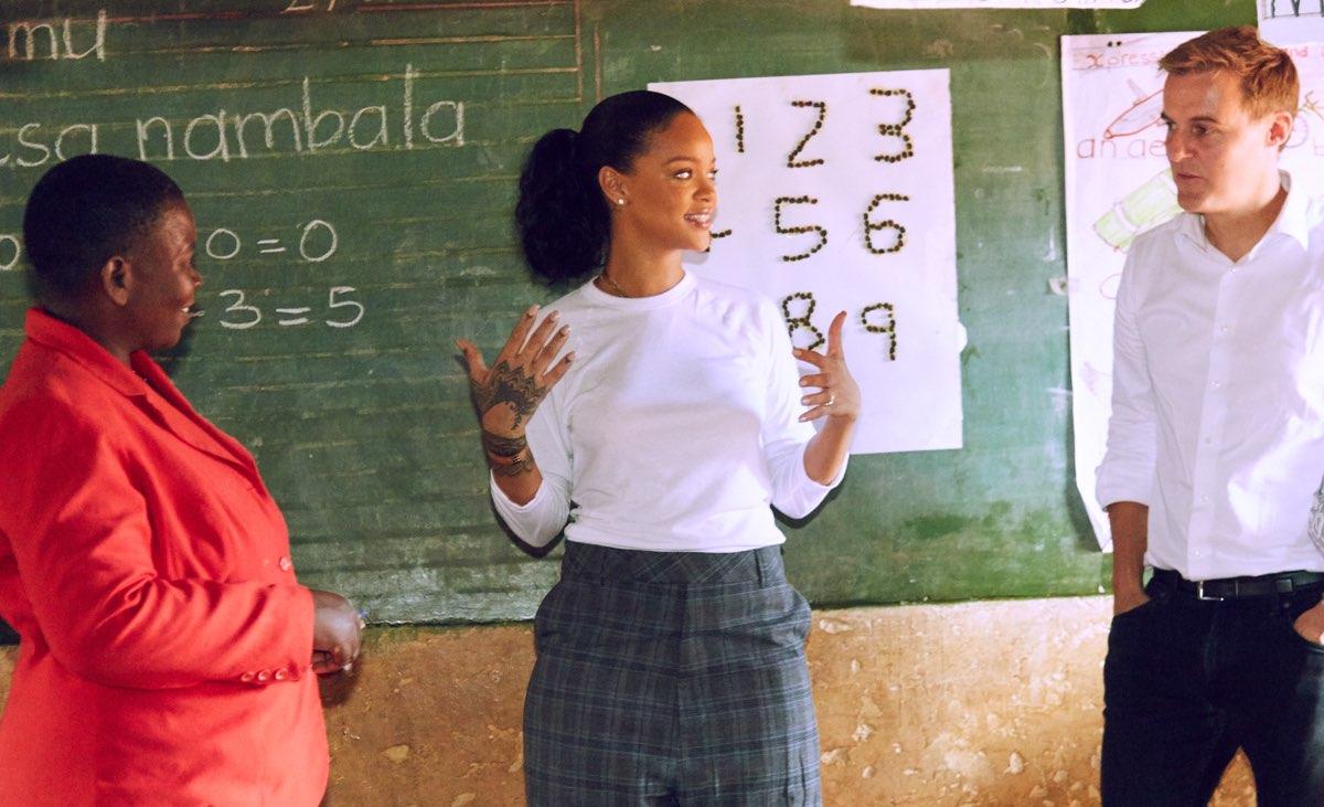 Rihanna aboga por la educación Malawi: el documental