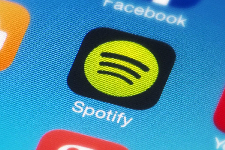 Disqueras promocionarán canciones en las listas más populares de Spotify