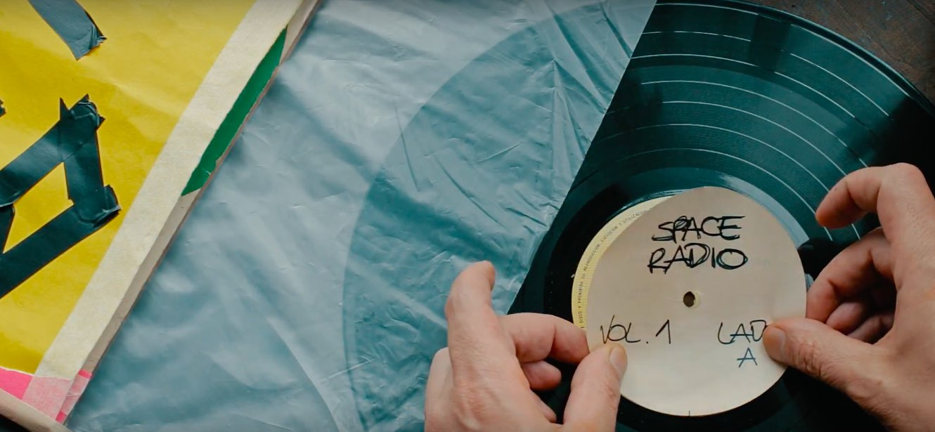 El vinilo: un documental por Space Radio